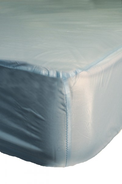 PVC fitted sheet 140x200x30 cm - light blue
